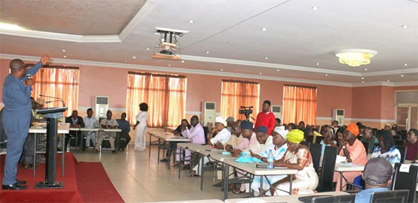 OOU National Alunmi President, Mr. Afolabi Sorunke speaking during the Non-Elective Congress