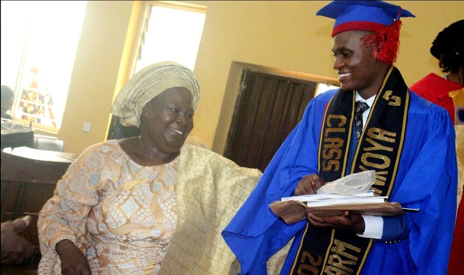 Best-Graduating-Student-from-the-Faculty-of-Pharmacy-oou