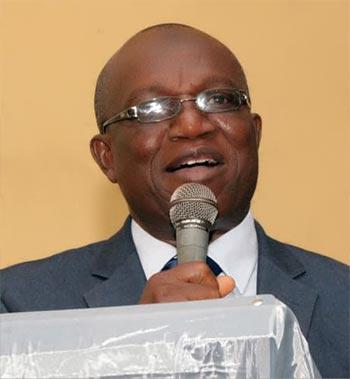 Vice-Chancellor,-Prof.-Ganiyu-Olatunji-Olatunde-pharmacy-graduant